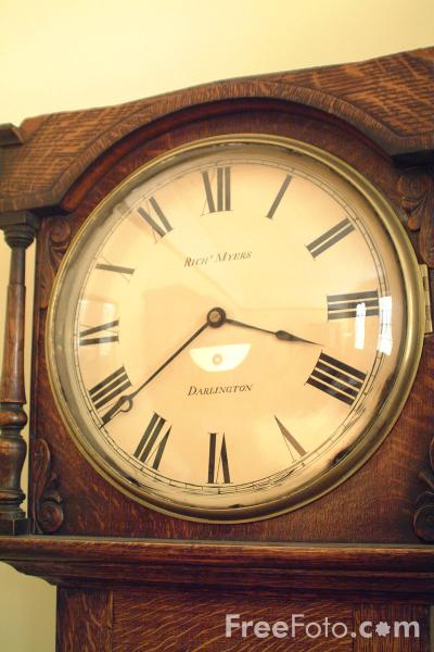 Picture of Clock, George Stephenson's Railway Factory - Free Pictures - FreeFoto.com