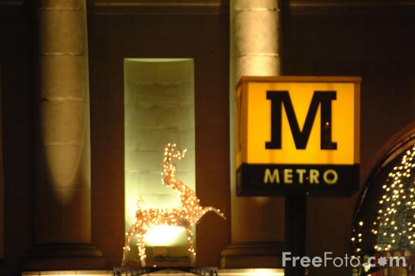 Picture of Metro Sign, Newcastle - Free Pictures - FreeFoto.com