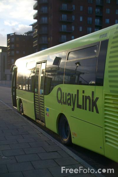 Picture of Newcastle Gateshead Quaylink - Free Pictures - FreeFoto.com