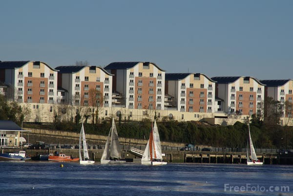 Picture of Sailing, River Tyne, Newcastle upon Tyne - Free Pictures - FreeFoto.com