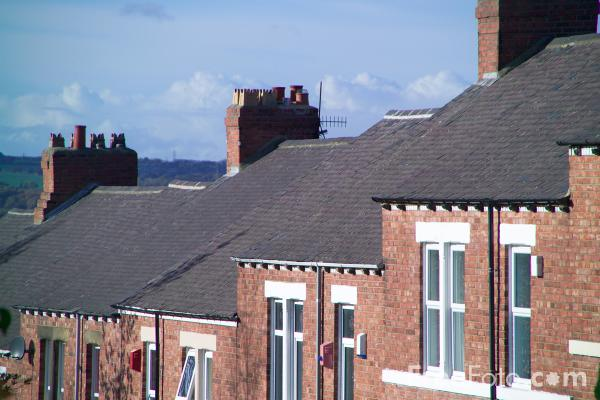 Picture of Terraced houses, Gateshead - Free Pictures - FreeFoto.com
