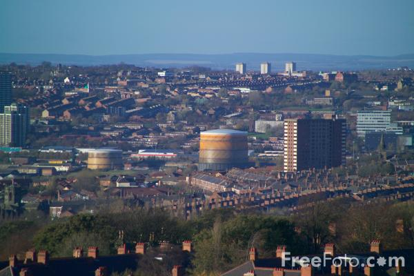 Picture of Gateshead Skyline - Free Pictures - FreeFoto.com