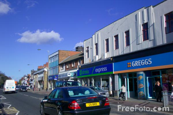 Picture of Durham Road, Low Fell, Gateshead - Free Pictures - FreeFoto.com
