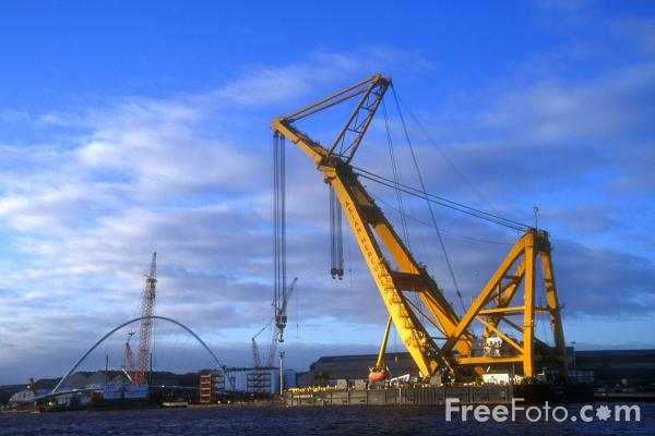 Picture of Asian Hercules II - one of the world's biggest floating cranes, Wallsend, Tyne - Free Pictures - FreeFoto.com