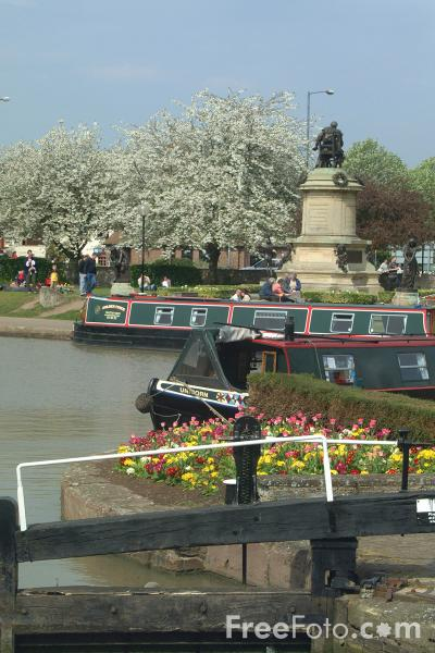 Picture of Bancroft Basin, Stratford upon Avon - Free Pictures - FreeFoto.com
