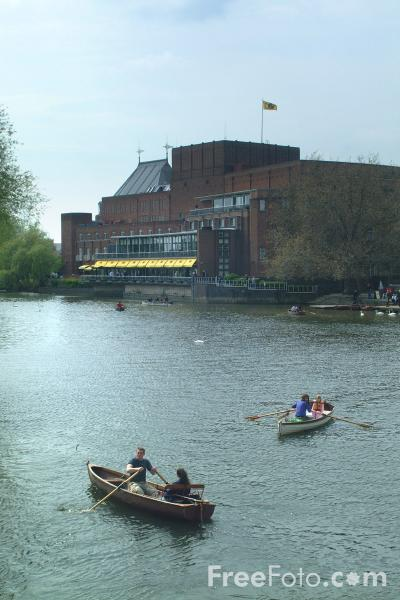 Picture of The Royal Shakespeare Theatre, Stratford upon Avon - Free Pictures - FreeFoto.com