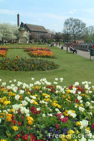 Picture of Bancroft Gardens, Stratford upon Avon - Free Pictures - FreeFoto.com