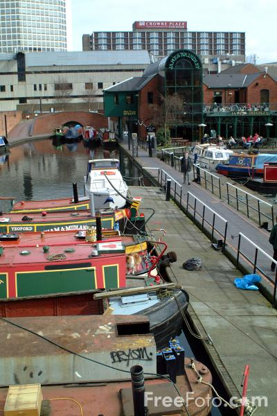 Picture of Canal Boats, Gas Street Basin, Birmingham - Free Pictures - FreeFoto.com