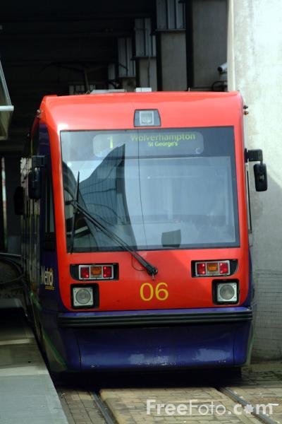 Picture of Midland Metro light rail system - Free Pictures - FreeFoto.com