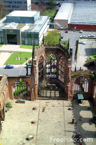 Picture of The ruins of Coventry Cathedral - Free Pictures - FreeFoto.com