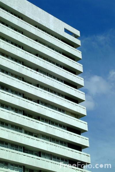 Picture of Tower Block, Coventry - Free Pictures - FreeFoto.com