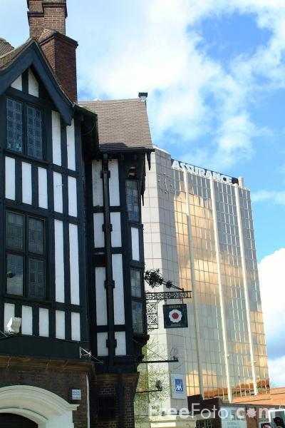 Picture of The Tudor Rose, Coventry - Free Pictures - FreeFoto.com