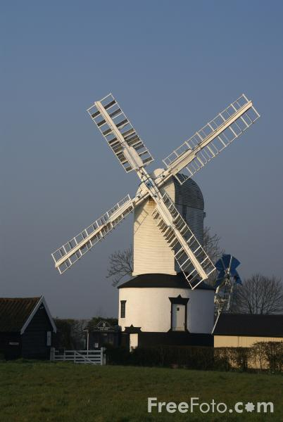 Picture of Saxtead Green Post Mill - Free Pictures - FreeFoto.com