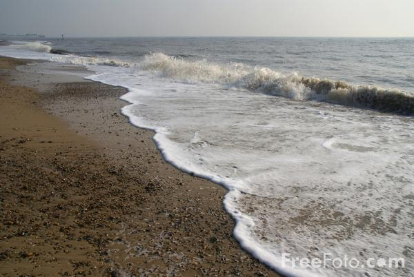 Picture of Seashore, Southwold, Suffolk, England - Free Pictures - FreeFoto.com