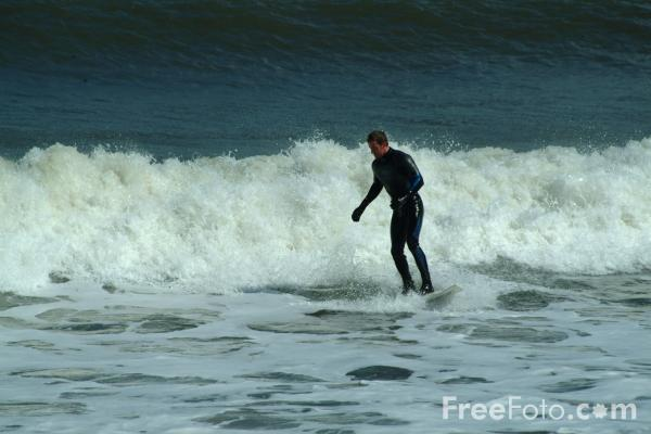 Picture of Surfing, Saltburn By The Sea, Yorkshire - Free Pictures - FreeFoto.com