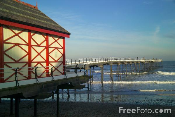 Picture of Saltburn Pier, Saltburn By The Sea - Free Pictures - FreeFoto.com