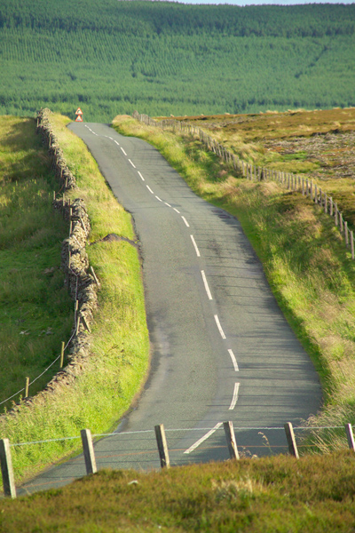 Picture of Road across the Moors - Free Pictures - FreeFoto.com
