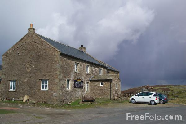 Picture of Tan Hill, North Yorkshire - Free Pictures - FreeFoto.com