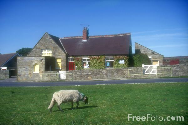 Picture of Goathland School - Aidensfield - Heartbeat Country - Free Pictures - FreeFoto.com