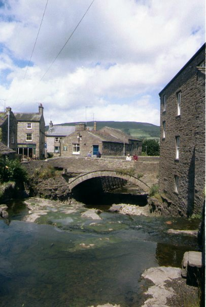 Picture of Hawes - Free Pictures - FreeFoto.com