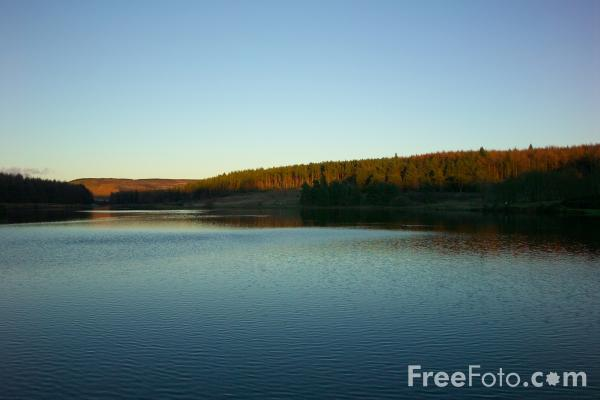 Picture of Cod Beck reservoir, Osmotherley, North Yorkshire - Free Pictures - FreeFoto.com
