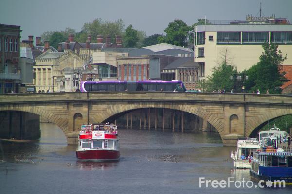 Picture of River Ouse, York - Free Pictures - FreeFoto.com