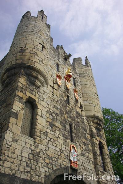 Picture of Micklegate, York - Free Pictures - FreeFoto.com