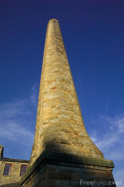 Picture of Chimney, Halifax, West Yorkshire - Free Pictures - FreeFoto.com
