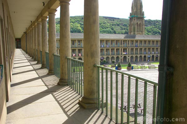 Picture of Halifax Piece Hall, West Yorkshire - Free Pictures - FreeFoto.com