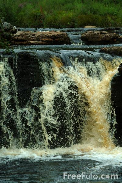 Picture of Wain Wath Force, Swaledale, North Yorkshire - Free Pictures - FreeFoto.com