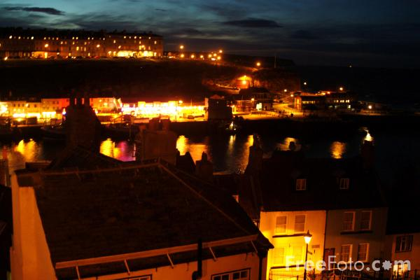Picture of Whitby at Night, North Yorkshire - Free Pictures - FreeFoto.com