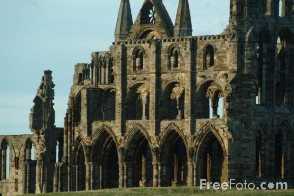 Picture of Whitby Abbey, North Yorkshire - Free Pictures - FreeFoto.com