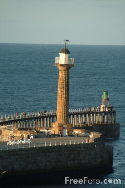 Picture of The Piers, Whitby, North Yorkshire - Free Pictures - FreeFoto.com
