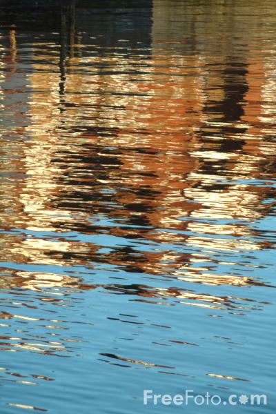 Picture of Reflections, Whitby Harbour - Free Pictures - FreeFoto.com