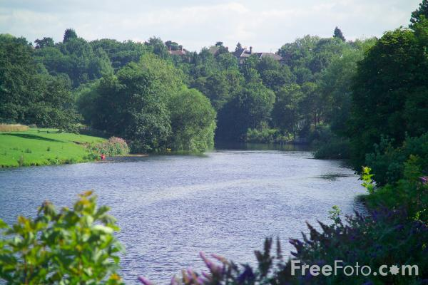 Picture of River Tees, Yarm on Tees - Free Pictures - FreeFoto.com