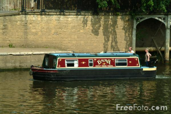 Picture of Narrow Boat, River Ouse, The City of York - Free Pictures - FreeFoto.com