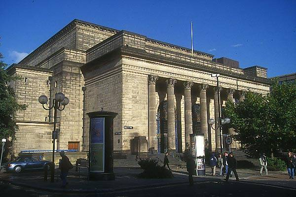 Picture of City Hall, Sheffield - Free Pictures - FreeFoto.com