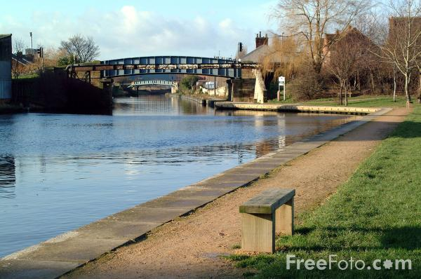 Picture of Aire and Calder Navigation, Knottingley - Free Pictures - FreeFoto.com