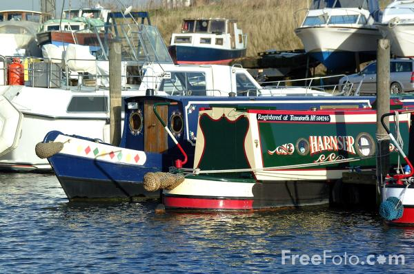 Picture of Canals Boats, Marina, Goole - Free Pictures - FreeFoto.com