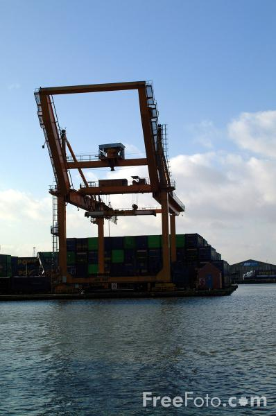 Picture of Associated British Ports, Goole - Free Pictures - FreeFoto.com