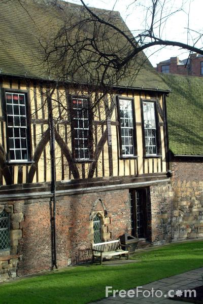 Picture of The merchant adventurers hall - Free Pictures - FreeFoto.com