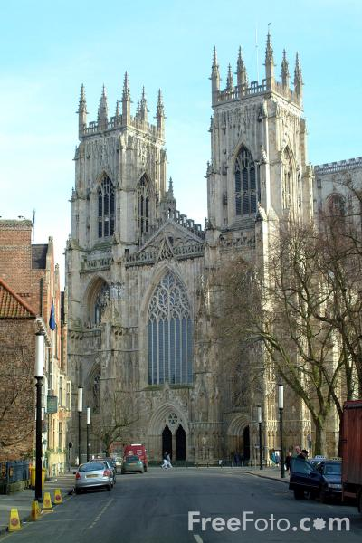 Picture of York Minster - the largest gothic cathedral north of the Alps. - Free Pictures - FreeFoto.com