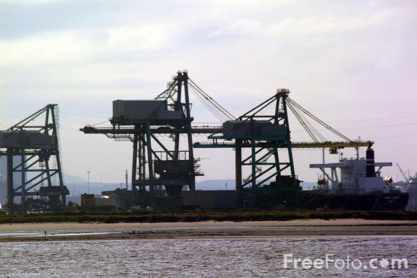 Picture of Iron Ore Terminal, Teesmouth - Free Pictures - FreeFoto.com