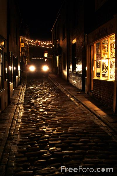 Picture of Whitby at night - Free Pictures - FreeFoto.com