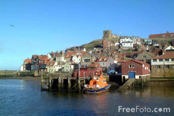 Picture of Whitby, North Yorkshire - Free Pictures - FreeFoto.com