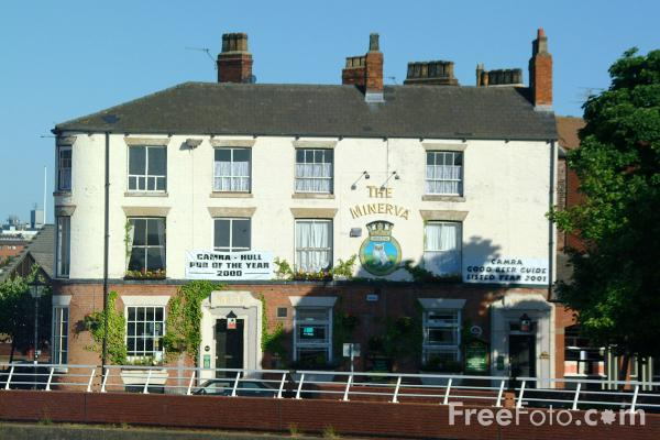 Picture of The Minerva - CAMRA Hull pub of the year 2000 - Free Pictures - FreeFoto.com