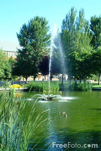 Picture of Queen's Gardens, Kingston upon Hull - Free Pictures - FreeFoto.com