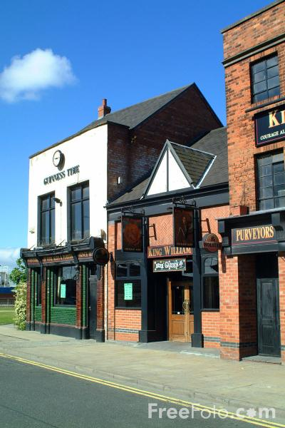 Picture of The King William Pub, Kingston upon Hull - Free Pictures - FreeFoto.com