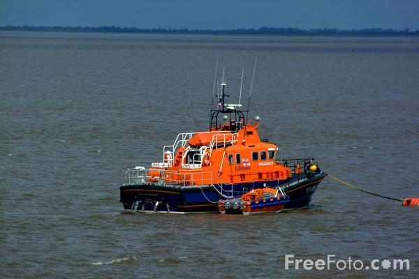 Picture of The Humber Lifeboat - Free Pictures - FreeFoto.com