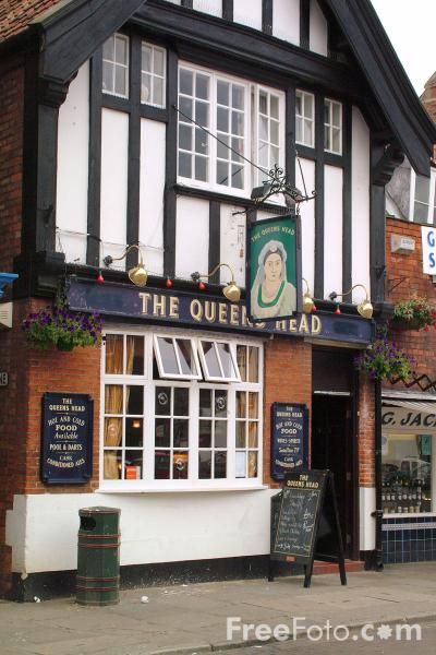 Picture of The Queens Head, Beverley - Free Pictures - FreeFoto.com